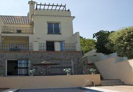 Miraflores Luxury Villa