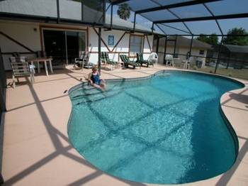 Villa in USA, Indian Ridge: Large SW Facing Pool with area for sitting out