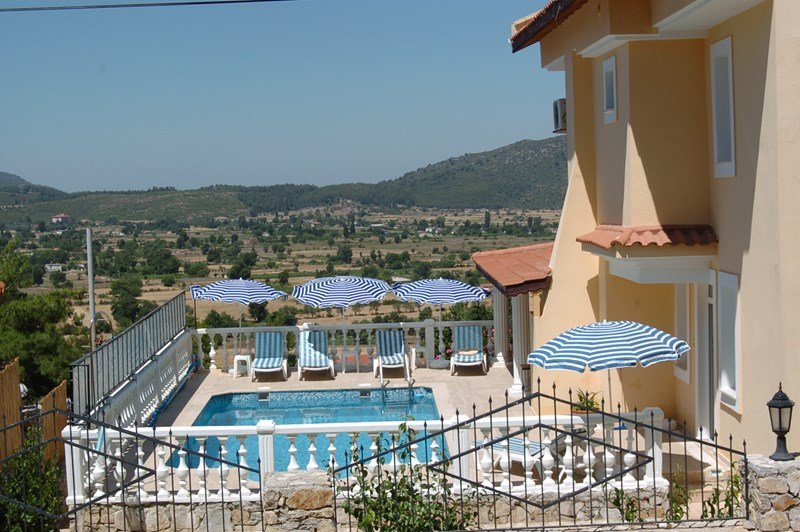Villa in Turkey, Fethiye: Lovely Views across the Private Pool