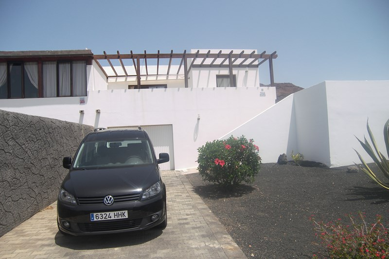 Villa in Spain, Playa Blanca: Front of Villa
