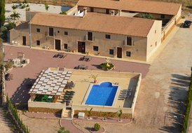Spanish Finca (Entire House Rental) Country House