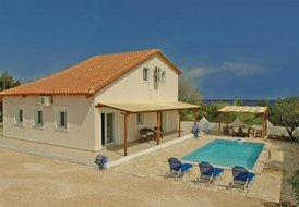 Villa Mari - luxury modern, spacious 3 bedroom villa with pool.