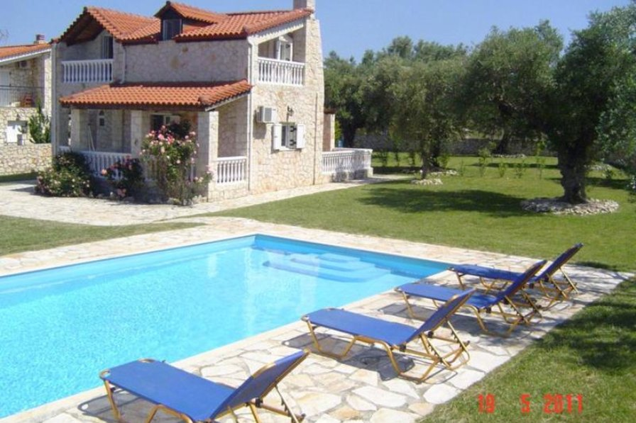 Villa in Greece, Kaminia: View Of Villa From Pool