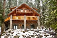 Mt. Baker Lodging Cabins & Condos!