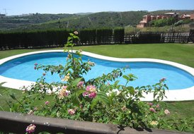 Luxury Apartment near Duquesa and Golf with outdoor terrrace