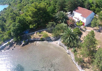 House in Croatia, Peninsula Peljesac: All alone, 10 meters from sea, private beach