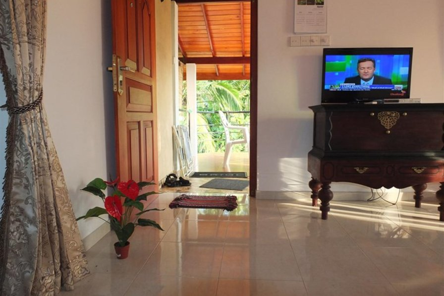 Owners abroad Studio Apartment for Rent in Hikkaduwa