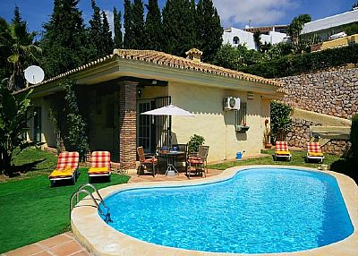 Villa in Spain, Campo Mijas: pool and part garden