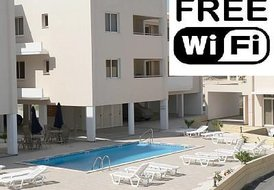 2 bed apartment, Pervolia, Larnaca With WiFi