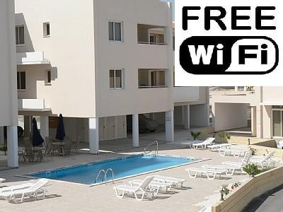 Owners abroad 2 bed apartment, Pervolia, Larnaca With WiFi
