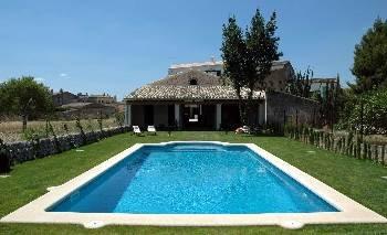 Villa in Spain, Llubí: Swimming Pool