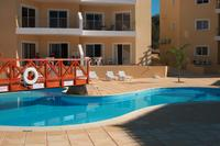 Apartment in Cyprus, Universal Gardens: Apt. 40 is the ground floor apartment in the centre of the..