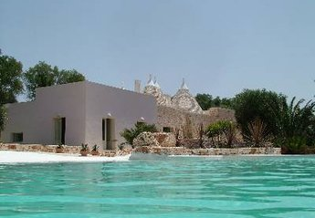 3 bedroom Villa for rent in Ostuni