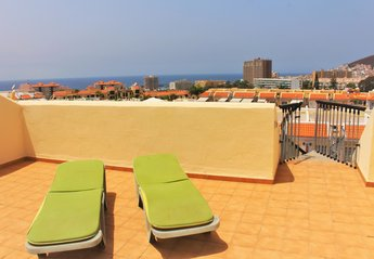 Apartment in Spain, Oasis del Sur: Sunbathe in private on the roof terrace