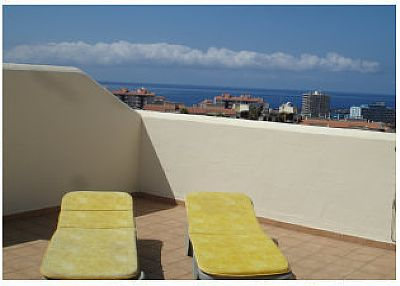 Apartment in Spain, Los Cristianos: Sunbathe in private on the roof terrace