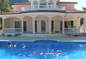 Immaculate Villa Built for Privacy and Comfort in Dalaman