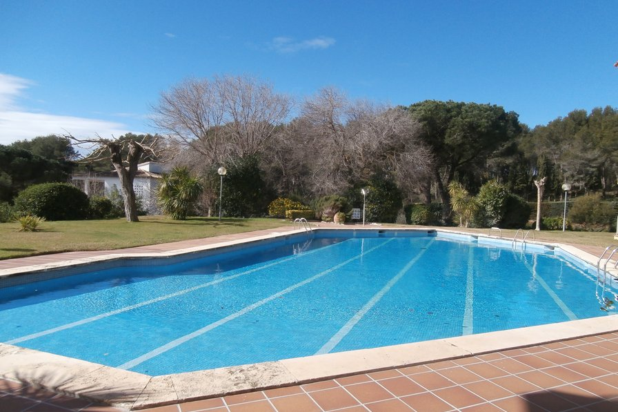 Apartment To Rent In Llafranc Spain With Pool 175228