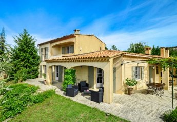 Villa in France, Saint-Saturnin-les-Apt