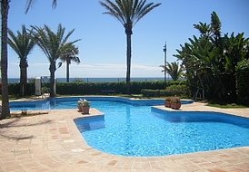 Fabulous beachfront ground floor apartment Costa del Sol