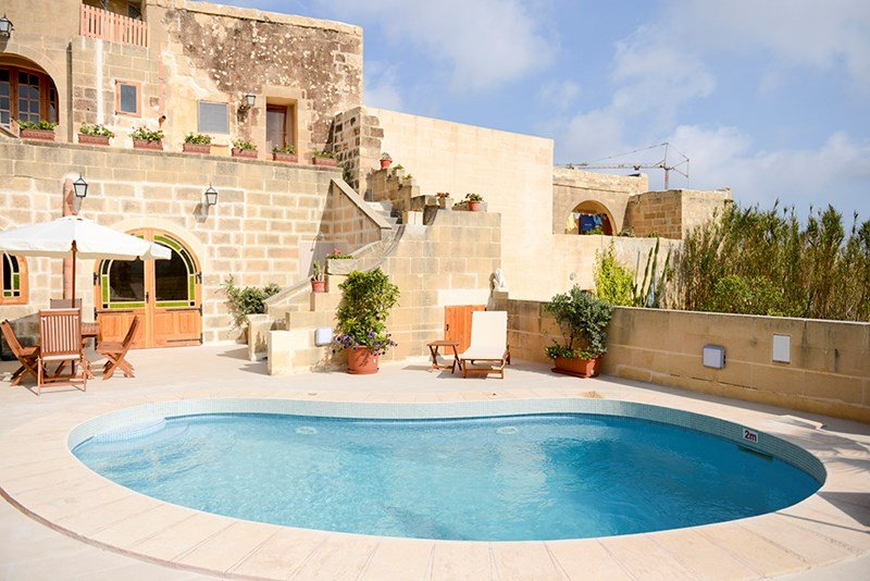 Farm house in Malta, Birbuba