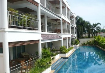 Apartment in Thailand, Cape Panwa: front view