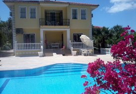 Villa Dessanelle with private pool and terrace in Ovacik