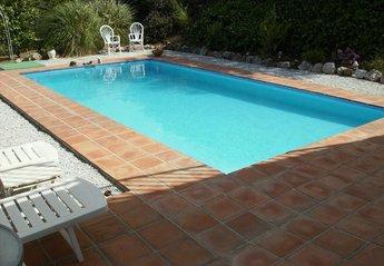 Villa in Spain, Comares: Pool from patio area