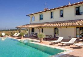 Villa Santa Virginia with pool, sleeps 12, near San Gimignano
