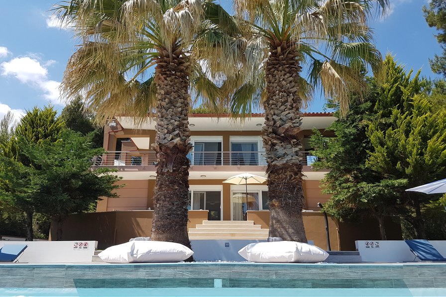 Owners abroad Luxurious Villa Anna Maria