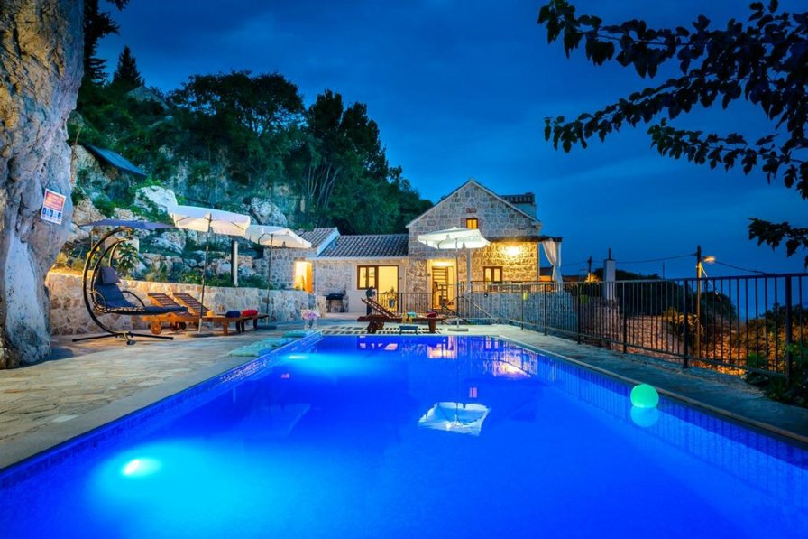 Villa Zeus with Private Pool