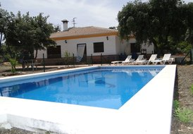 BEAUTIFUL VILLA , COSTA DEL SOL WITH PRIVATE SWIMMING POOL.