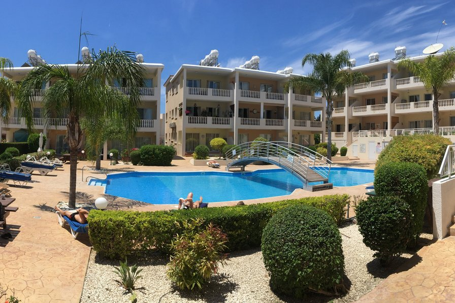 Apartment in Cyprus, Universal