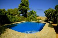 Enjoy the sun in this villa for 6 persons with private pool