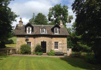 Cottage in United Kingdom, Cupar, Nr St Andrews, Fife