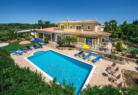 Villa in Boa Nova, Algarve: Panoramic view of Villa and Garden
