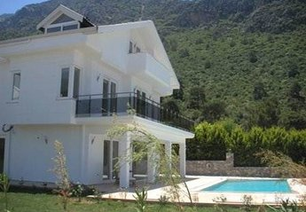 Villa in Turkey, Ovacik: Stunning location at the foot of Babadag