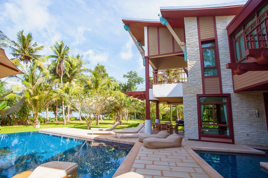 Krabi Luxury Beachfront Amatapura Pool Villa 1