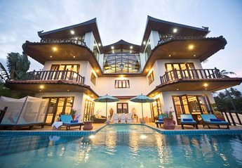 4 bedroom Villa for rent in Choeng Mon