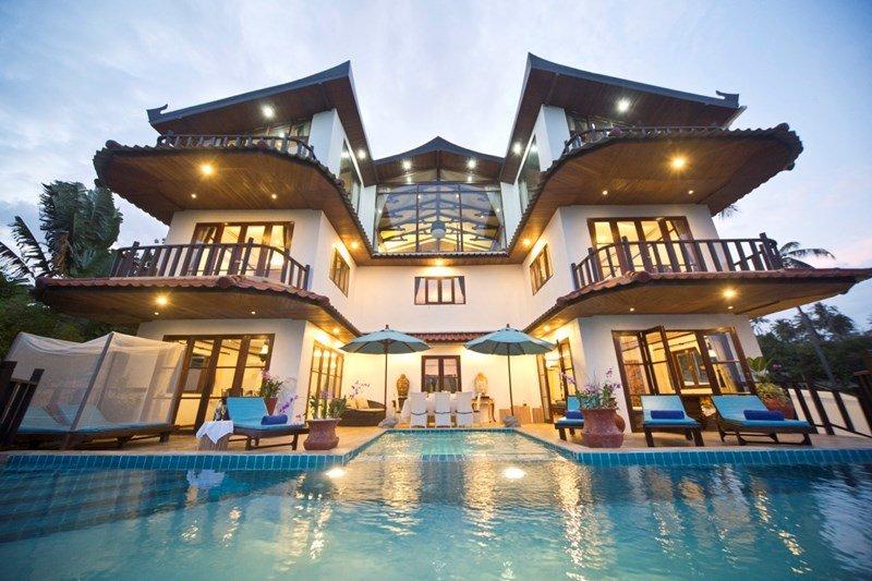Large Grand Deluxe Majetic Royal Villa by Choeng Mon Beach