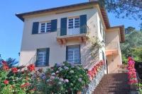Villa in Italy, Levanto: Picture 1 of Ligurian period villa with pool and sea views