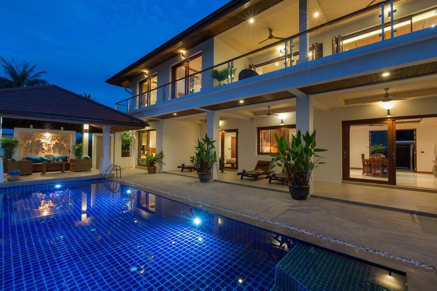 Villa in Thailand, Bangrak: Swimming pool at Peerapat Villa, a luxury 4 bedroom spacious & private..