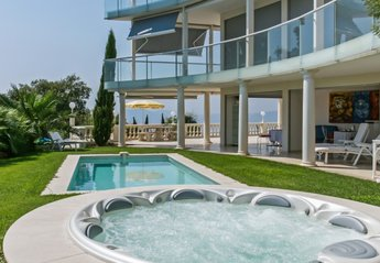 0 bedroom Villa for rent in Cannes