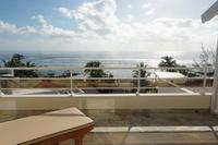 Apartment in Mauritius, Tamarin: Tamarin Beach Apartments Mauritius: Sunbed on balcony