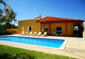 PTV4 Tominhal, 4 Bedrooms Villa with private pool in Albufeira