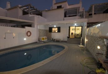 4 bedroom House for rent in Quarteira