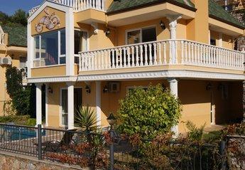 4 bedroom Villa for rent in Alanya
