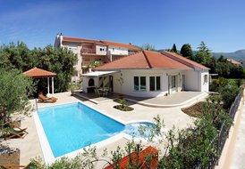 Villa Stela