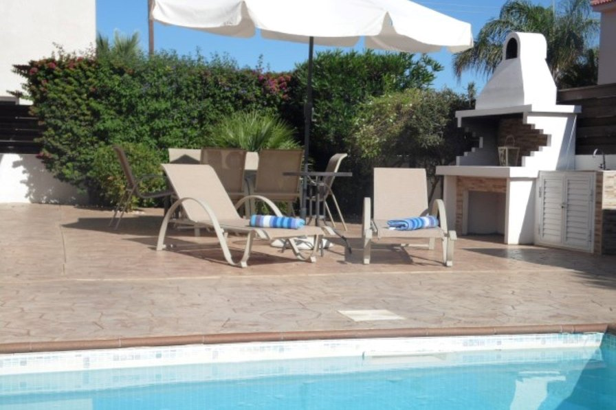 Villa To Rent In Penera Cyprus With Private Pool 177994
