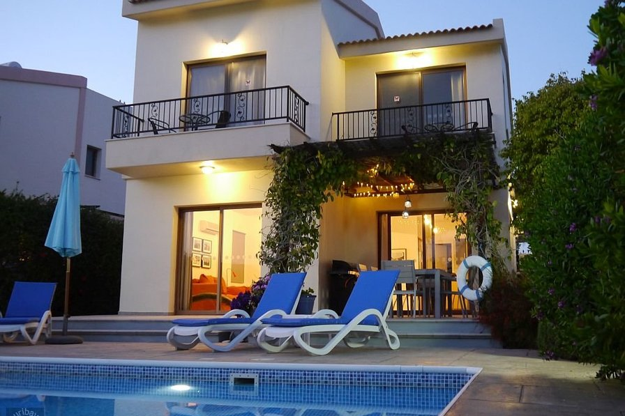 Stylish modern sea-view villa with private pool in Pissouri Bay