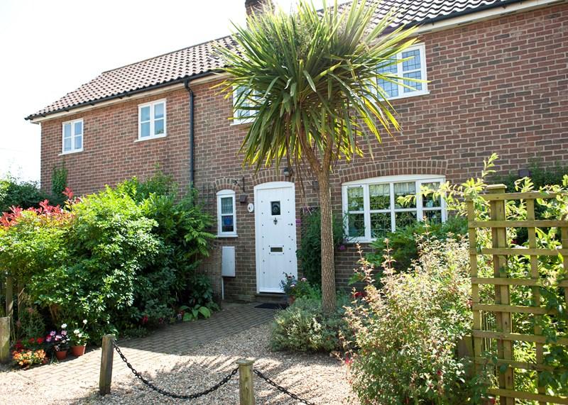 Cottage in United Kingdom, Aldeburgh: Front of Cottage